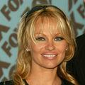 Pamela Anderson a insultat-o pe Jessica Simpson