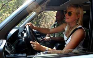 Maria Sarapova, pozeaza pentru Land Rover