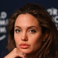 Angelina Jolie, povestea continua