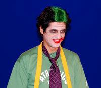 "VJ Escu il interpreteaza pe Joker, din pelicula ""Batman"""