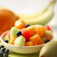 Salata cu fructe si iaurt