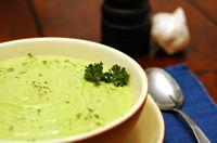 Supa rece cu avocado si struguri