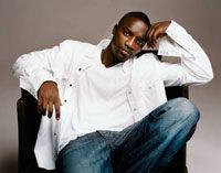 Akon lanseaza un nou album