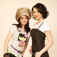 VJ Ela si VJ Oana fac echipa la MTV News