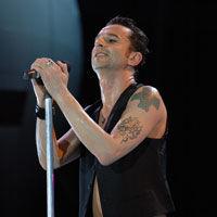 Ultimele bilete pentru un loc in fata scenei la Depeche Mode