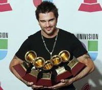 Juanes - favoritul premiilor Latin Grammy