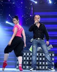 Mihai Traistariu conduce detasat in concursul international Eurodance