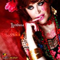 Loredana canta gipsy-punk