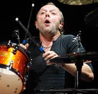 Metallica este cu Deep Purple
