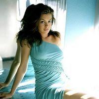 Anne Hathaway, favorita la Globurile de Aur
