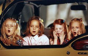 Australia: sase copii fara centuri cuplate intr-o singura masina