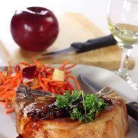 Cotlet de porc cu mere coapte