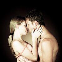 Doar o treime dintre femei ajung la orgasm