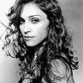Nud cu Madonna, vandut pentru 37.500 dolari