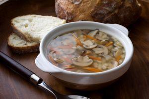Supa de ciuperci si orez