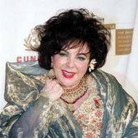 Evreica Elizabeth Taylor doneaza bani pentru crestini