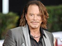 Mickey Rourke, intr-un film erotic?
