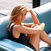 Jennifer Aniston vrea o relatie amoroasa ca in filme