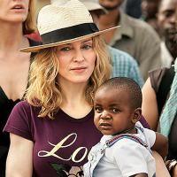 Adoptia, subiect fierbinte la Hollywood