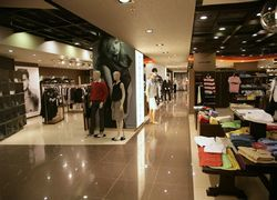 Din aprilie, Diesel si Napapijri, in Galeriile Famous Brands