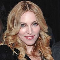 Madonna doneaza bani victimelor cutremurului din Italia