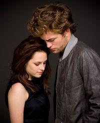 Robert Pattinson despre relatia cu actrita Kristen Stewart: