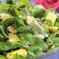 Salata de spanac, ananas si bacon
