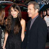 Mel Gibson s-a afisat pentru prima oara cu iubita