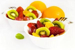 Deserturi cu fructe, pentru zile toride