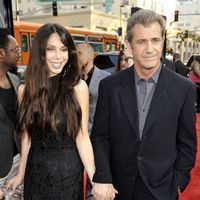 Mel Gibson va fi tata pentru a opta oara