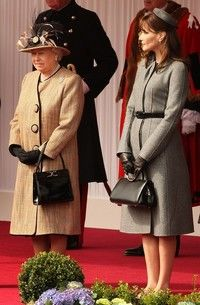 Palaria Carlei Bruni, mai frumoasa decat a reginei Angliei