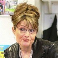 Sarah Palin a demisionat