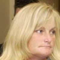 Va veni Debbie Rowe la inmormantarea lui Michael Jackson?