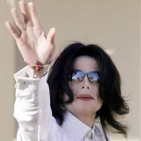 """Michael Jackson a avut vitiligo"""