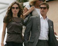 Angelina Jolie l-a parasit pe Brad
