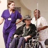 Patrick Swayze, in scaunul cu rotile