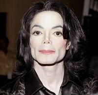 Michael Jackson a fost inmormantat, in sfarsit