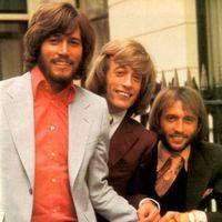 Bee Gees se reunesc pentru show-uri live
