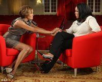 Whitney Houston a purtat timp de 7 luni numai pijamale