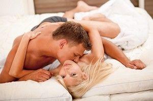 Pozitii sexuale - barbatul deasupra