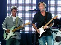 Eric Clapton si Steve Winwood vin in Romania
