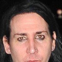Marilyn Manson fara machiaj