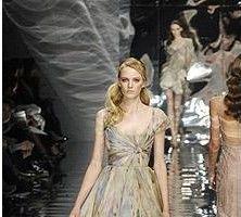Saab, Gaultier si Givenchy - Tendinte la Paris Fashion Week
