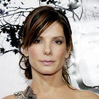 Sandra Bullock s-a ars incercand sa-si vopseasca parul pubian