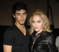 Madonna vrea o cariera muzicala pentru Jesus