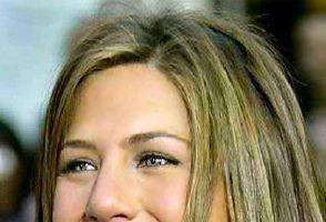 Jennifer Aniston apeleaza la un donator de sperma