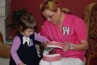 DENT ESTET initiaza o campanie de informare in scoli asupra igienei si sanatatii dentare