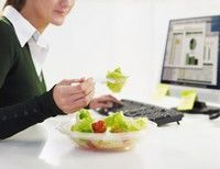 Sfaturi pentru un pranz sanatos la birou