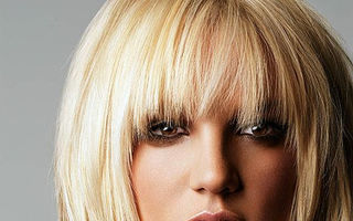 Britney Spears si-a batut iubitul