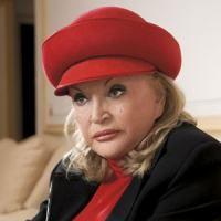 Zina Dumitrescu amana revenirea in lumea modei
